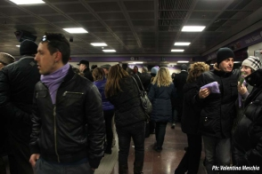Stazione Zara affollata